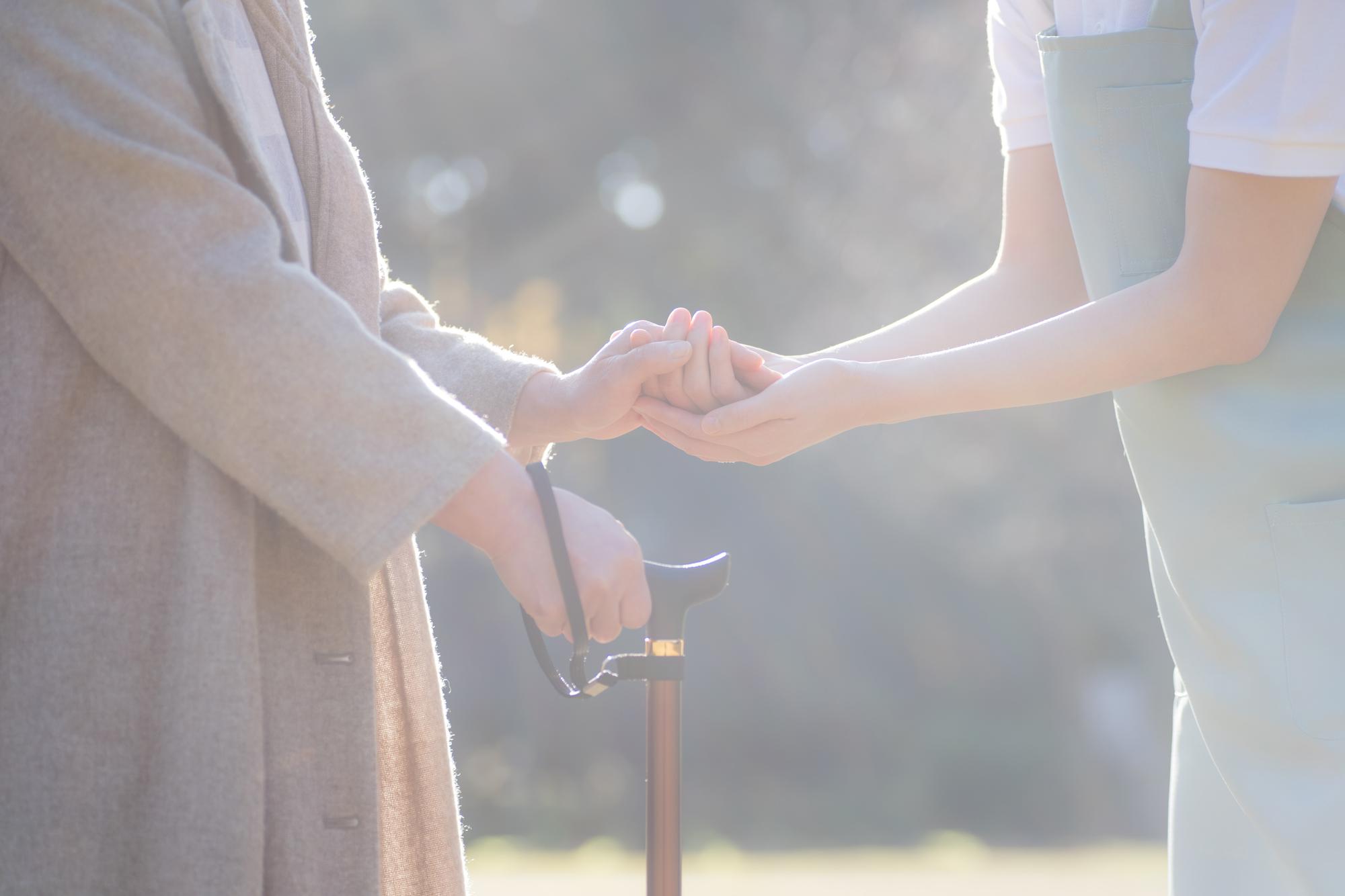 画像マネセツ019(山本)/介護施設の入所費用