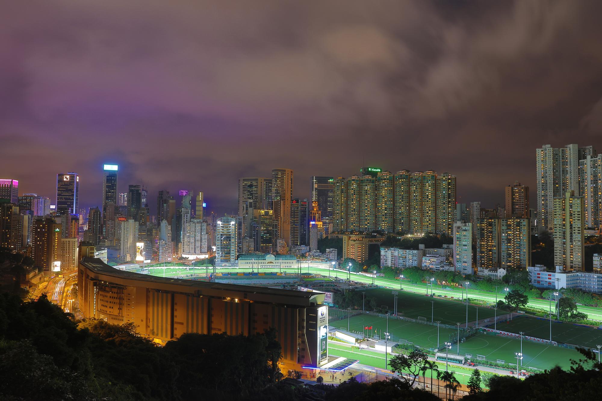 異国情緒も海外競馬の魅力。写真は香港のハッピーバレー競馬場