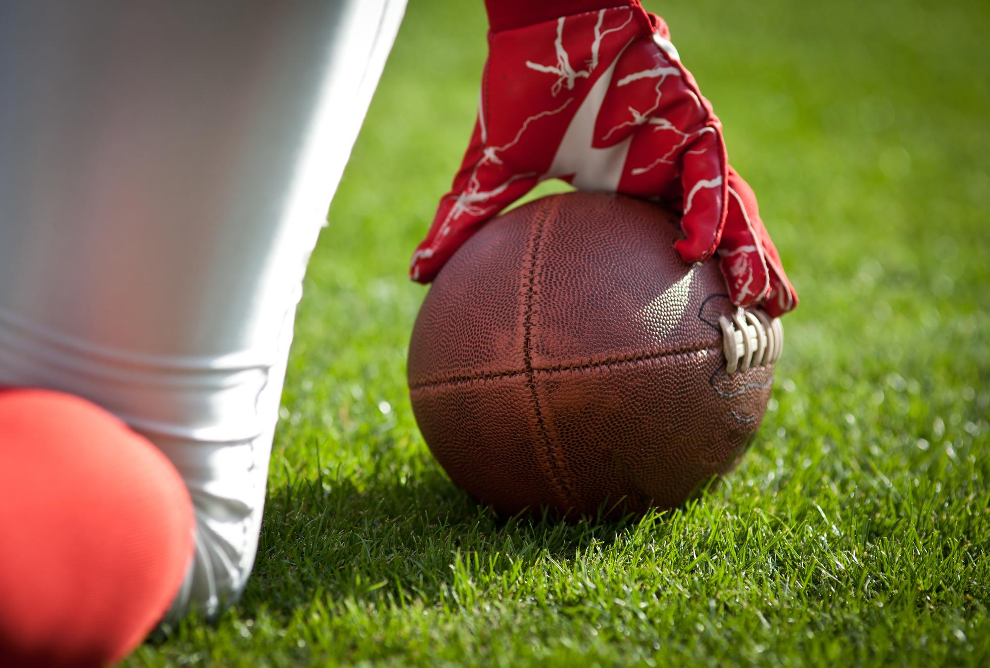4大スポーツの中でも、アメリカンフットボールの人気は抜群!