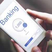 もう使っていますか? 利用者が急増するスマートフォンの銀行アプリ
