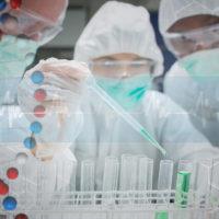 手頃な価格で身近になった遺伝子検査。 さて、あなたは受ける・受けない?