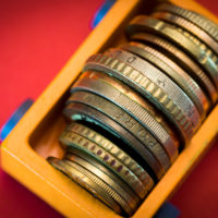 小銭まで投資に! 投資を促すアプリでマネー運用が変わる!?