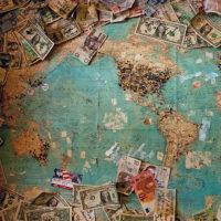 今年一年の世界経済を振り返る